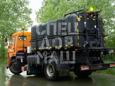 Покупайте КДМ на базе КамАЗ 53605 (с пластиковыми баками) и другие модели на шасси КамАЗ, МАЗ, УРАЛ по выгодной цене в СПЕЦДОРМАШ!