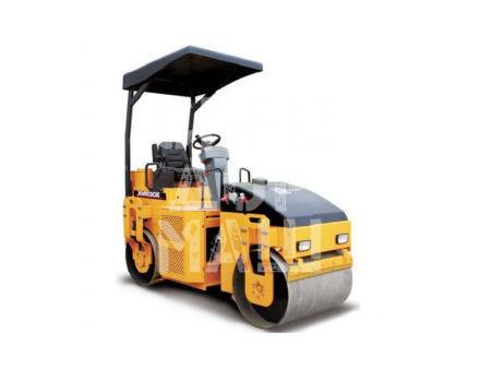 Покупайте Каток тротуарный XCMG XMR30E и другие модели от производителей DM, Dunapac, LiuGong, XCMG, XGMA, Bomagпо выгодной цене в СПЕЦДОРМАШ!