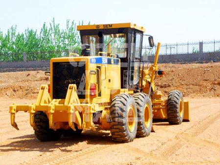 Покупайте Автогрейдер SEM 919 и другие модели от производителей ГС, ДЗ, ДМ, XCMG, XGMA, TG, SEM, LiuGong, CAT, John Deere по выгодной цене в СПЕЦДОРМАШ!