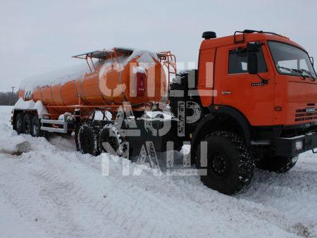 Покупайте Битумовоз SF3B23 внедорожник и другое прицепное оборудование по выгодной цене в СПЕЦДОРМАШ!